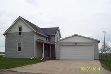908 9th St, Gilbertville, IA 50634