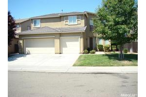 8060 Goldenleaf Way, Sacramento, CA 95829