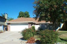 6509 Cartera Ct, Elk Grove, CA 95758