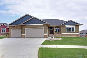 2108 S Canyon Ave, Sioux Falls, SD 57110