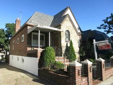 24-21 82nd St, East Elmhurst, NY 11370