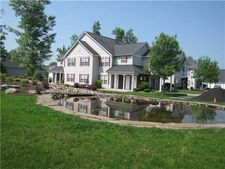 5 Autumn Creek Ln, Amherst, NY 14221