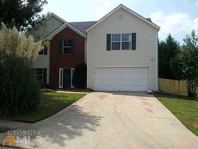 1349 Sydney Pond Cir, Lawrenceville, GA