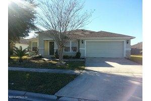 1432 Redbird Creek Dr, Jacksonville, FL 32221