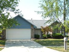 8477 Doe Run Pl, Huber Heights, OH 45424