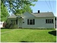 54 Broadmore Ave, Bedford, OH 44146