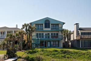 1927 Beach Ave, Atlantic Beach, FL 32233