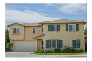 169 Gardenside Ct, Fallbrook, CA 92028