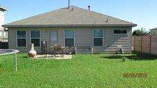 301 Hawks View Dr, La Marque, TX 77568