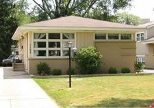 1103 S Mitchell Avenue, Arlington Heights, IL 60005