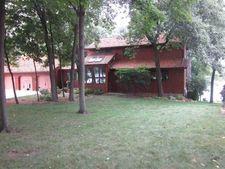 713 Bayside Dr, Germantown Hills, IL 61548