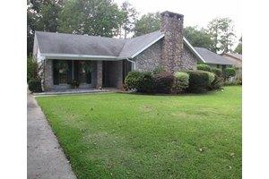 3404 Tiltree Rd, Hattiesburg, MS 39402