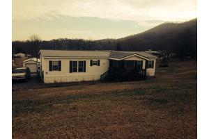 520 Orchard View Dr, Newport, TN 37821