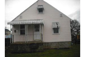 715 Harrison Ave, Lancaster, OH 43130