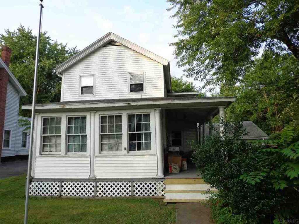 66 lake st stillwater ny 12170 for Stillwater dream homes