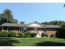 630 Terrybrook Ct, Winston Salem, NC 27104