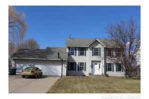 3015 92nd Ave NE, Blaine, MN 55449