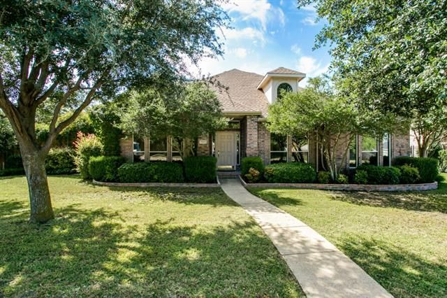 Homes For Sale In Rowlett Tx With Swimming Pool