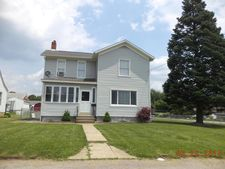 1613 Jackson Ave, New Castle, PA 16101