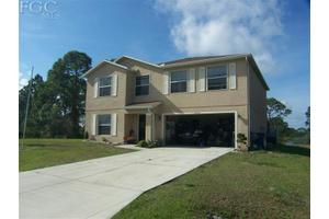 1403 Rush Ave, Lehigh Acres, FL 33972