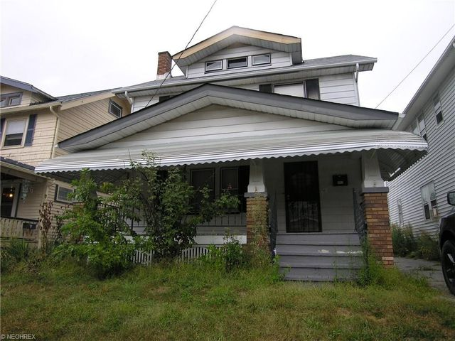 10918 Saint Mark Ave Cleveland Oh 44111 Realtor Com 174