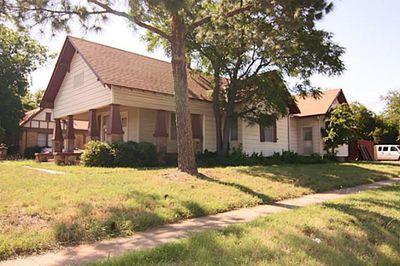 211 E North St, Arlington, TX