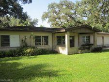 471 E Fort Thompson Ave, Labelle, FL 33935