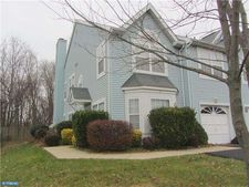 660 Woodspring Dr, Warrington, PA 18976