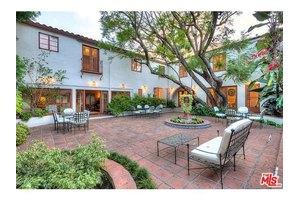 712 N Linden Dr, Beverly Hills, CA 90210
