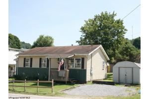 100 Sistersville Pike, West Union, WV 26456