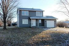 107 9th Ave Nw, State Center, IA 50247