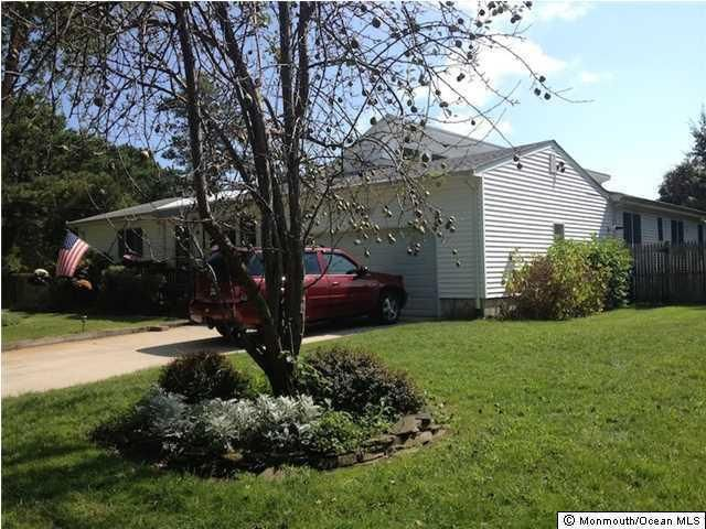 565 azalea dr brick nj 08724 home for sale and real estate listing