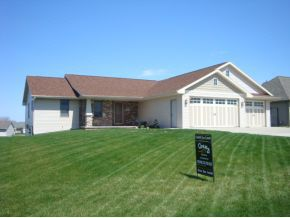 W6610 Parkview Dr, Greenville, WI