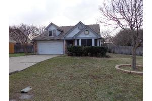 3219 Woodstone Trl, Grand Prairie, TX 75052