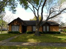 803 Redway Ln, Houston, TX 77062