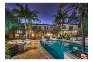 726 N Maple Dr, Beverly Hills, CA 90210