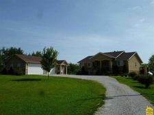 988 Red Fox Rd, Otterville, MO 65348