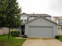 2321 Meadow Bend Dr, Columbus, IN 47201
