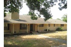 200 Harriet Dr, San Antonio, TX 78216