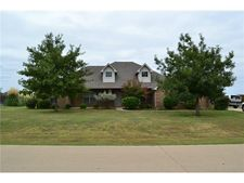 123 Springfield Ln, Red Oak, TX 75165