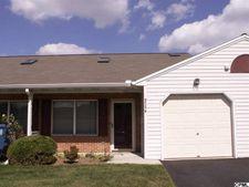 4715B Charles Rd, Mechanicsburg, PA 17050
