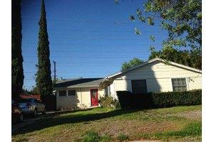 17175 Simonds St, Granada Hills, CA 91344