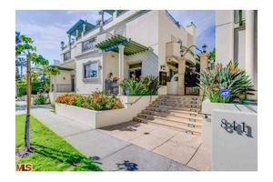 841 Westmount Dr # 8, West Hollywood, CA 90069