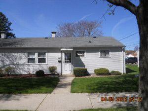 2202 W Howard Ave, Milwaukee, WI