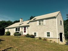 10 Robert Ln, West Harwich, MA 02671