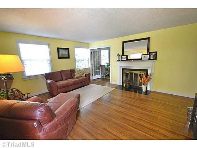 Living Room Sets Greensboro Nc 1604 colonial ave, greensboro, nc 27408 - realtor®