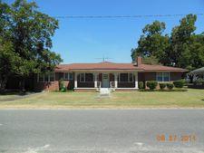 265 Church St, Cobbtown, GA 30420