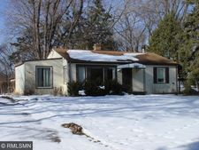 3187 Victoria St N, Shoreview, MN 55126