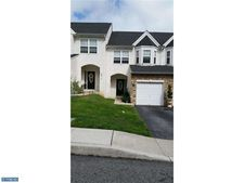 711 Beech Ct, Bridgeport, PA 19405