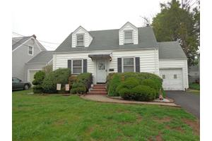 541 Stratford Rd, Union Twp., NJ 07084